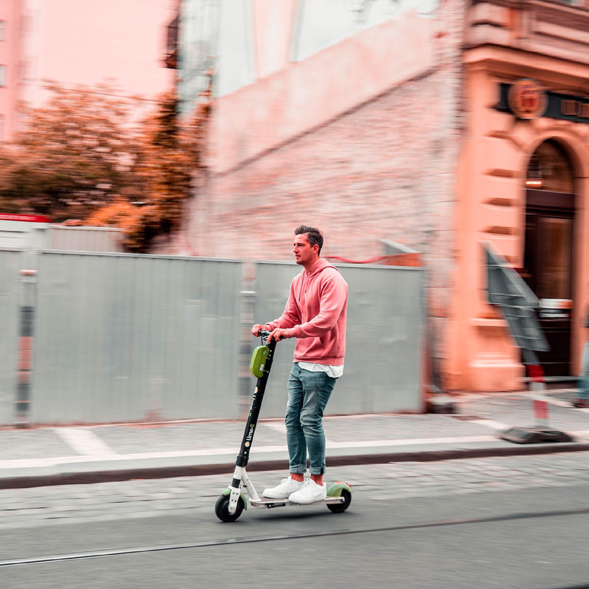por que deberias moverte en patinete eléctrico