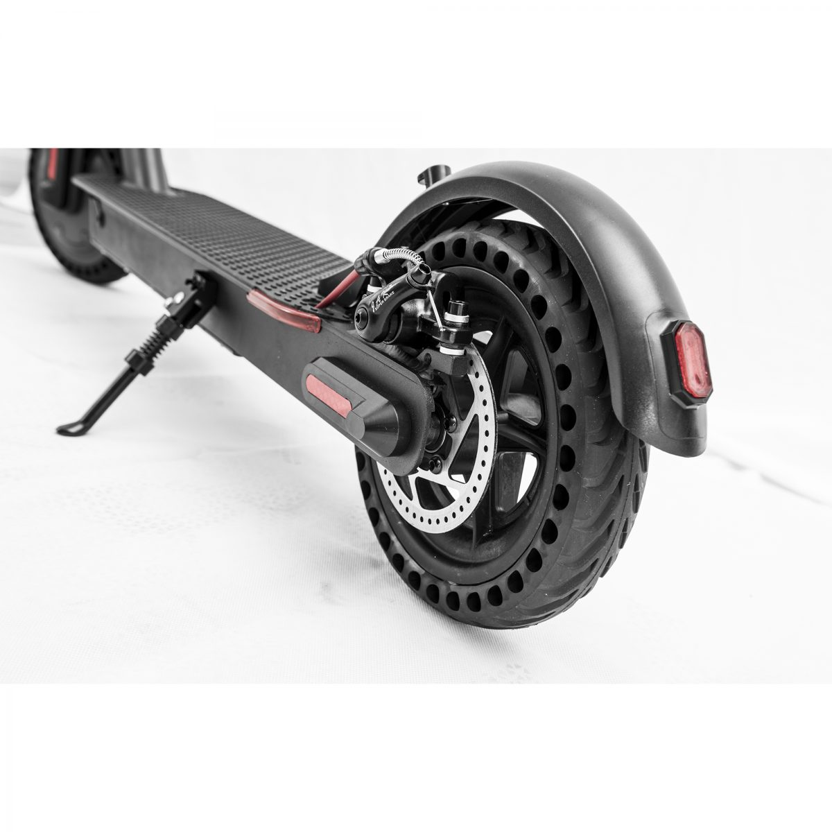 Detail of the electric scooter wheels E9 Basic - Zwheel
