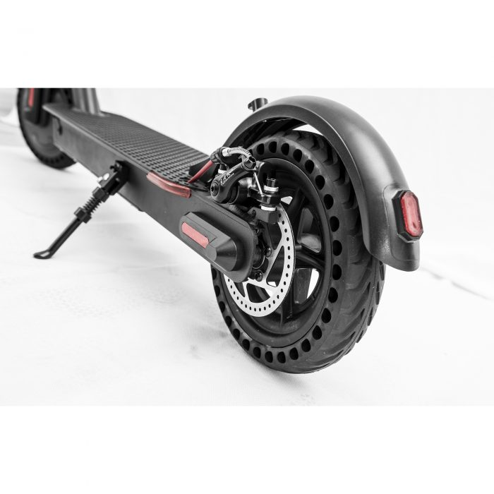 Detalle de las ruedas de patinete eléctrico E9 Basic - Zwheel